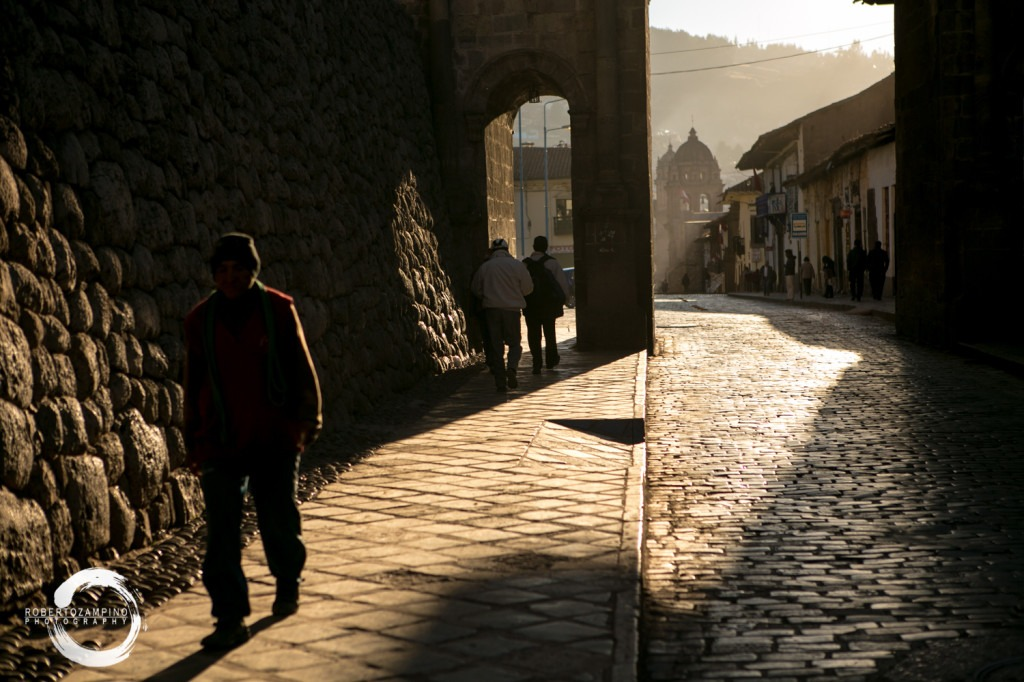 cuzco early morning light - san pedro square