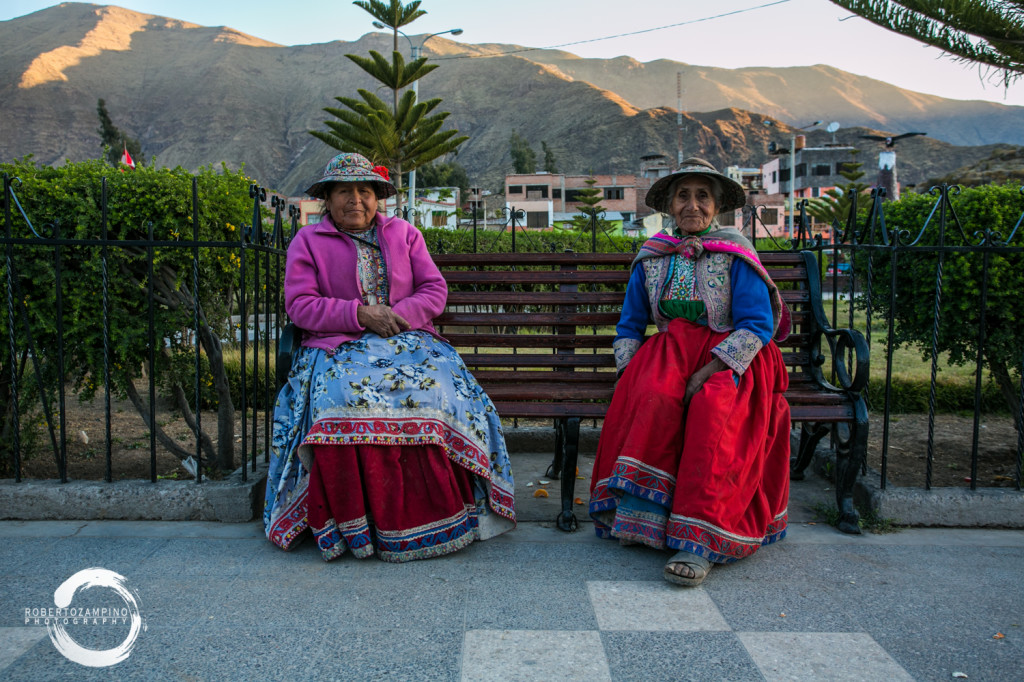 cabanaconde - gate town for the canyon de colca - typical dressing peru